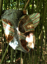 Masks in the Midth of the Labyrinth,Holz, Fundstücke, Folie, Farbe,2011